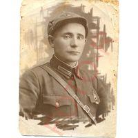 Фотография красноармейца отличника, вылитый В.В. Путин