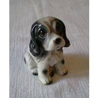 Фигурка собака  фарфор