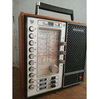 """Радиоприемник """"Меридиан 210"""""""