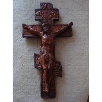 Большой красивый православный крест.