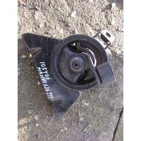 103426Щ Mazda 626 2.0td RF2A подушка двигателя