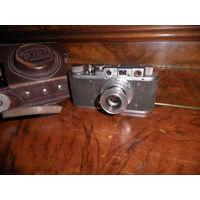 Фотоаппарат ФЭД с объективом ФЭД 1:3,5 F=50 мм.