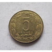Центральная Африка (BEAC) 5 франков 1975 - состояние!