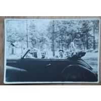 Фото в машине. 5.5х8 см