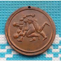 Медаль по вольной классической борьбе. Франция.