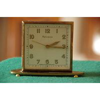 Часы HELVECO  с будильником  , корпус латунный  все работает  Швейцария