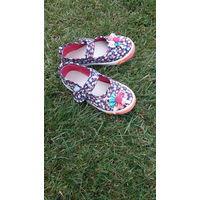 Туфли тапочки для девочки на 25-26 размер б/у
