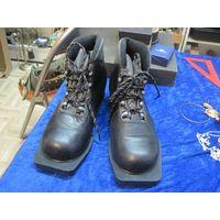 Лыжные ботинки Motor Classic, 36 размер.