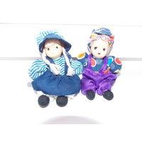 Куколки фарфоровые винтажные пара