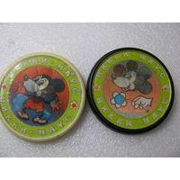Значки. Мики Маус и Мини (переливашки). цена за 1 шт.