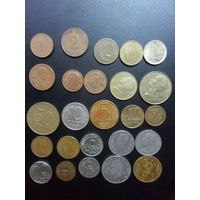 25 монет разных стран
