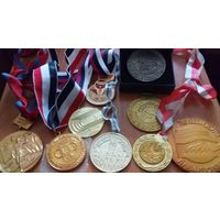 Большая коллекция медалей! Всё что на фото- в одни руки. Распродажа коллекции!