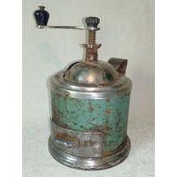 Мельница для специй старинная кофемолка для декора или по назначению