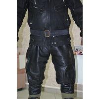 """Купленные в Германии кожан.брюки под """"галифе"""" в изумительном  качестве  как кожи  так  и пошива. Размер 50-52-з.Полнейший оригинал с номерной этикеткой!"""