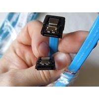 Кабели SATA 3.0 (2 шт.) с угловым и прямым штекерами