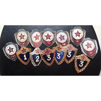 Солдатские значки (отличники и классность)