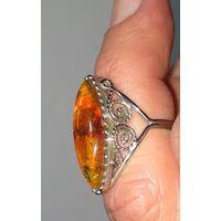 Перстень, мельхиор, имитация янтаря,СССР