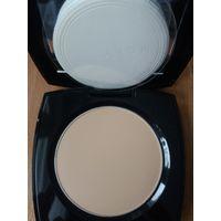 Компактная матирующая пудра Avon True colour flawless mattifying pressed powder оттенок бежевый(neutral light medium)