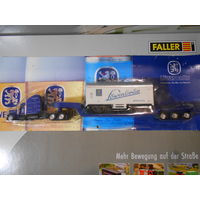 "Модель грузовика (син) платф с вагоном""Lowen""  Н/О 1:87"