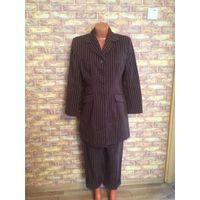 Три стильных костюма на 48-52 размер по 50,00
