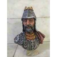 Бюст князя Гедимина ручной покраски