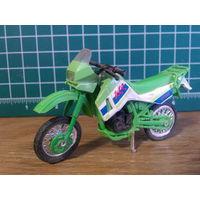 Модель мотоцикла Kawasaki KLR 650 в масштабе 1:24