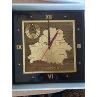 """Сувенирные настенные часы """"Карта РБ с гербом"""""""