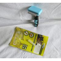 Фурминатор для вычёсывания шерсти во время линьки