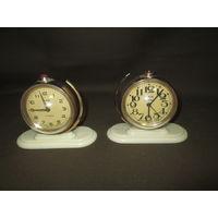 Часы будильник Слава глобус с ракетой