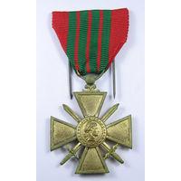 Французский военный крест участника кампаний 1939 года.