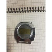 Часы электроника одни из первых внешне в отличном состоянии с 1 рубля