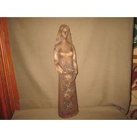 Статуэтка старинная Белоруска с подсолнухом.Н=47 см.