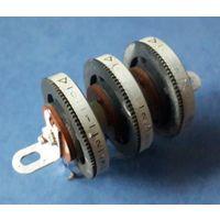 Блок переменных резисторов от радиомагнитолы РИГА-110