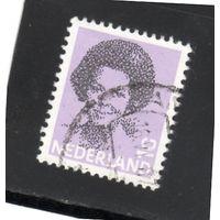 Нидерланды.Ми-1212. Королева Беатрикс.1982.
