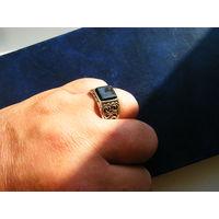 Кольцо с обсидианом.Глубокое серебрение бронзы.