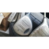 Клюшка для игры в гольф