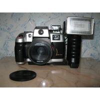 Старый плёночный автофокусный фотоаппарат Canon QL9002V automatic, Италия.