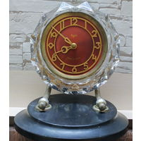 Часы каминные тяжелые Majak на реставрацию
