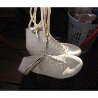 Борцовки, боксерки... обувь для ринга, девичья