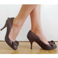 """Туфли """" ZARA """" натуральная кожа (38 размер) НОВЫЕ."""