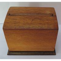 Сигаретница деревянная 50-е годы.