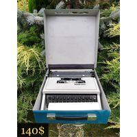 Печатная машинка / Typewriter Olivetti DORA, Barselona Spain