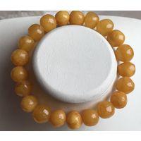 Янтарь-Браслет- античный мед- балтийский натуральный янтарь - 13 гр-на - резинке-универсальный размер