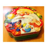 Жестяная коробка для новогоднего подарка