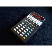 Первый научный карманный калькулятор от Texas Instruments. 1973 год.