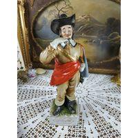 Редкая Фарфоровая Cтатуэтка Королевский Мушкетер фигурка с прекрасной ручной росписью из серии Три мушкетёра