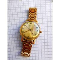 """Часы """"Луч 2209"""" костюмные ультратонкие Золочение четкое коллекционное состояние+золоченый браслет в комплекте (очень красивые)"""