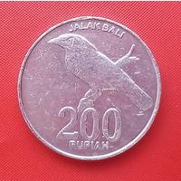 65-22 Индонезия, 200 рупий 2003 г.