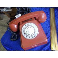 Советский телефонный аппарат, 1969 г. с длинным проводом.