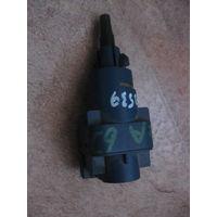 103539Щ Seat Ibiza 5 датчик сцепления 6Q0927189